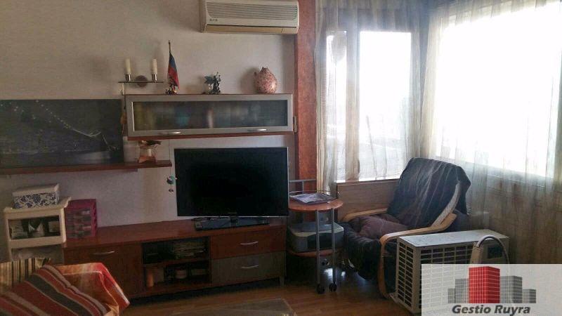 Apartamento junto al mar. 2 Habitaciones. Los Pavos. Blanes 10. Comedor salon