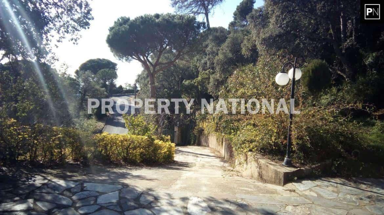 Sant Cebria de Vallalta. Chalet 5 Habitaciones con terreno 29