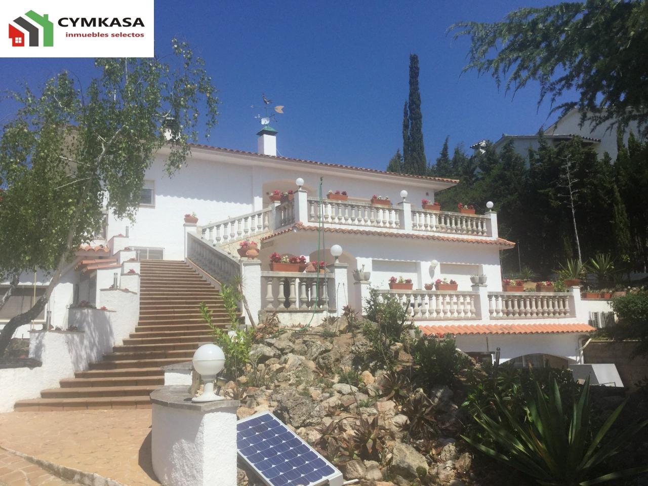 Casa en venta de lujo en Fenals-Santa Clotilde. 850m2 8 Hab 4 baños. Condado del Jaruco