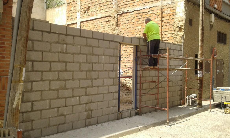 Solar edificable en Zaragoza ciudad 87 m2. Barrio de San José (3). Fachada